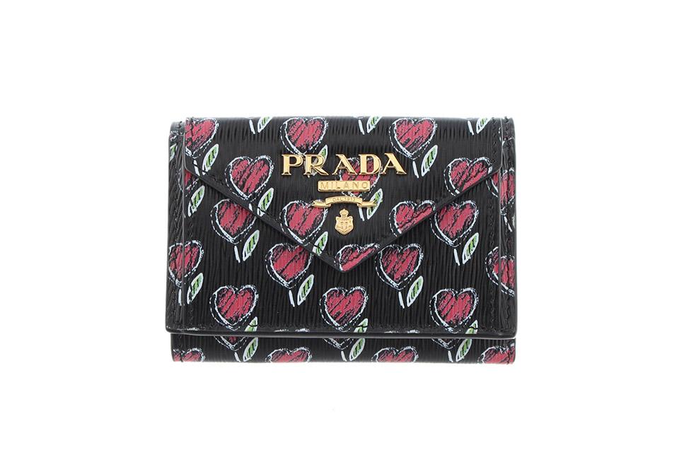 3つ折財布 ミニ ハート レザー 黒/赤 1MH021 新品同様